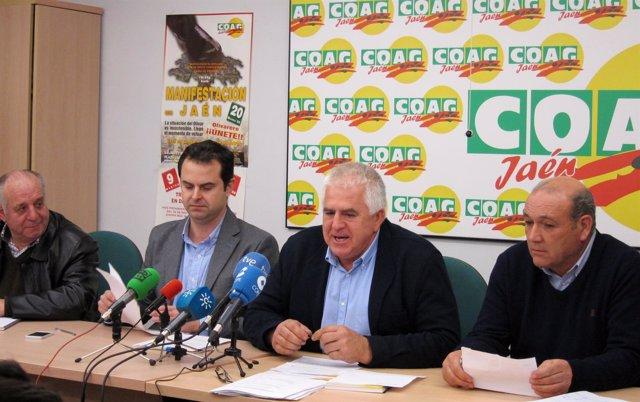 Miguel López (2d), junto a Gregorio López, Juan Luis Ávila y Antonio Rodriguez.