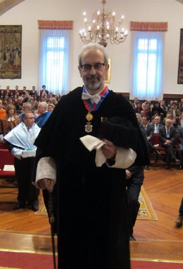El rector de la USAL en el acto en el Paraninfo con motivo de Santo Tomás