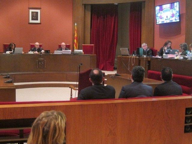 Juicio a Daniel Fernández,Manuel Bustos,Francisco Bustos,María Elena Pérez (PSC)