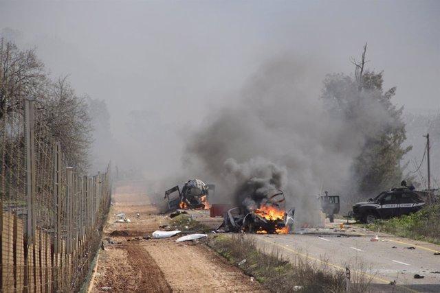 Hezbolá ataca con misiles un convoy militar de Israel en la frontera con Líbano