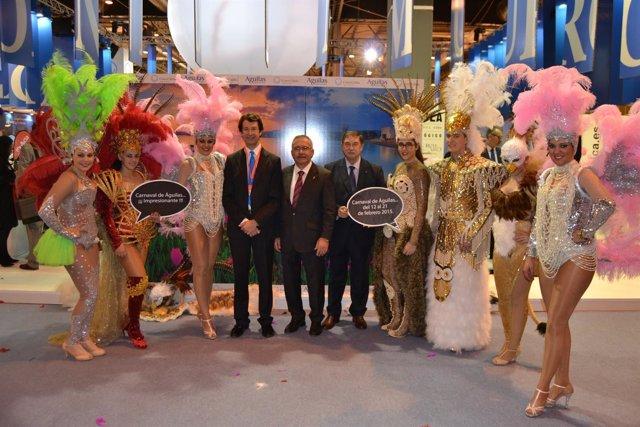 Hernández y Ruiz, con los personajes del Carnaval