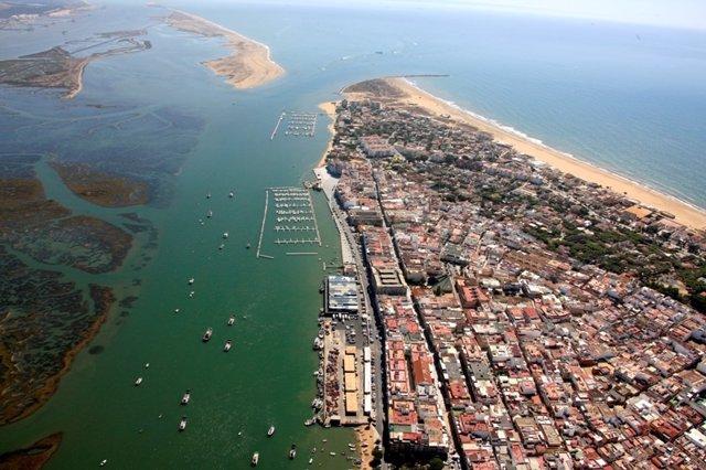 Vista aérea del Puerto de Punta Umbría.