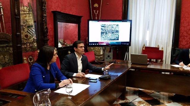 Francisco Cuenca y Raquel Ruz en rueda de prensa