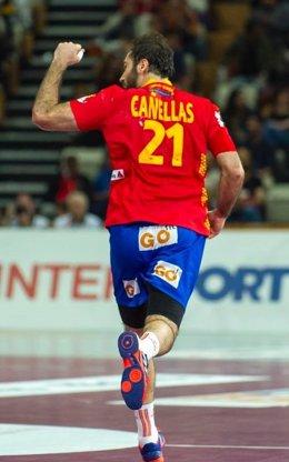 Joan Cañellas celebra el gol definitivo ante Dinamarca en el Mundial de Catar