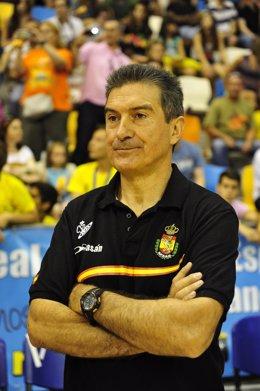 Manolo Cadenas