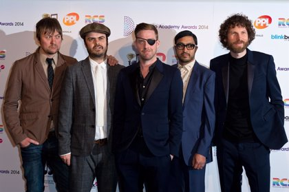 Kaiser Chiefs estrenan nuevo single: Falling Awake