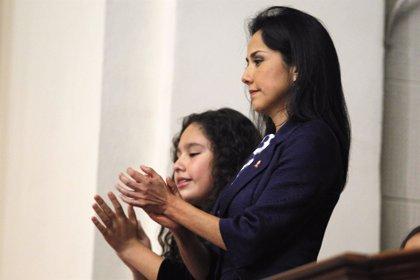 La primera dama niega que el Gobierno peruano espíe a sus miembros