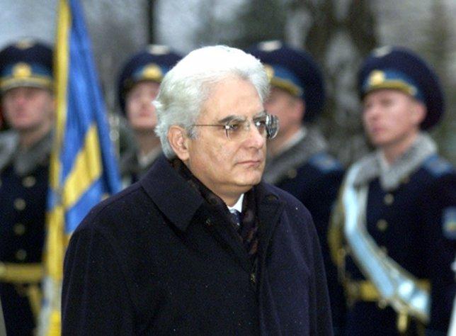 Sergio Mattarella, Italia
