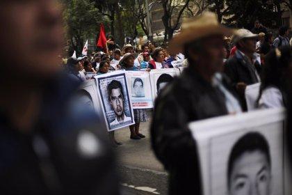 Los familiares de los desaparecidos de Ayotzinapa presentan su caso en la ONU