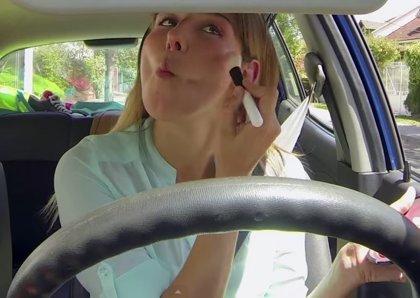 VÍDEO: Qué piensan las mujeres mientras conducen