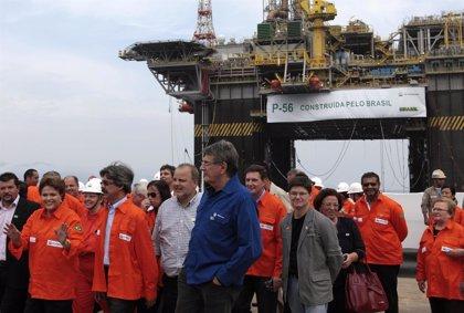 Rousseff acepta la renuncia de la presidenta ejecutiva de Petrobras
