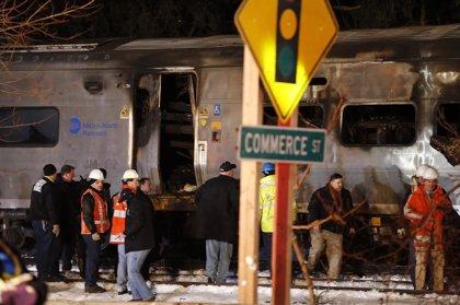 Siete muertos tras chocar un tren y un automóvil en Nueva York