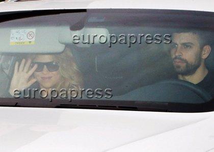 Primeras imágenes de Shakira y Piqué tras ser padres