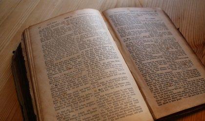 Un ateo gana 100.000 dólares vendiendo una aplicación de la Biblia