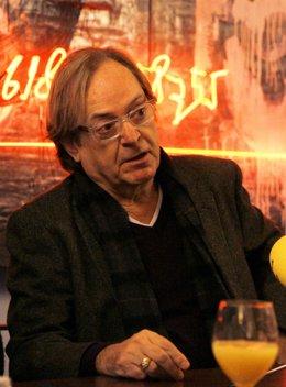 Ventura Pons en la presentación de libro '54 dies i escaig' en el Ateneu
