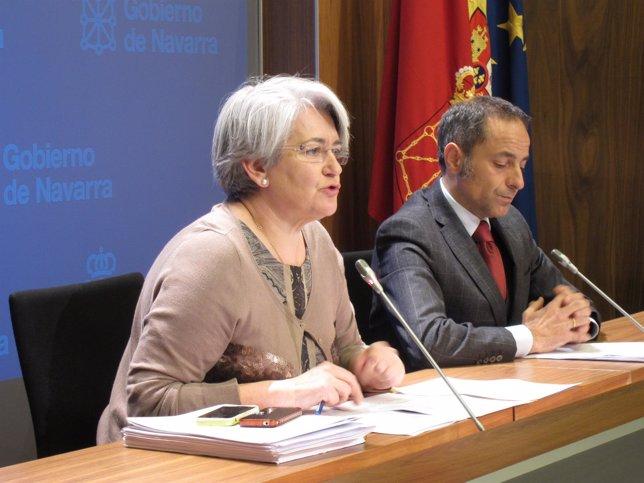 Los consejeros Lourdes Goicoechea y Juan Luis Sánchez de Muniáin.