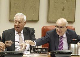"""Duran considera un """"error"""" que Margallo estudie recurrir las delegaciones catalanas en Roma y Viena"""
