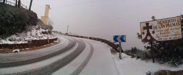 La nieve llega al Desierto de las Palmas (Benicassim)