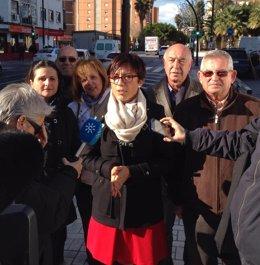 María Gámez atiende a los medios secretaria de salud y consumo PSOE-A