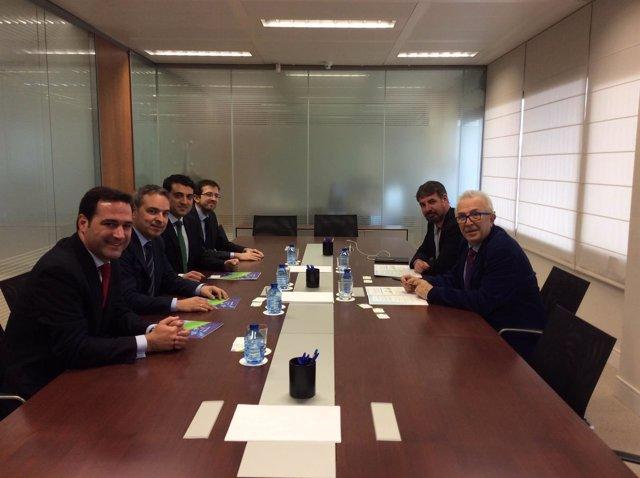 Reunión de la Junta con Energía Plus.