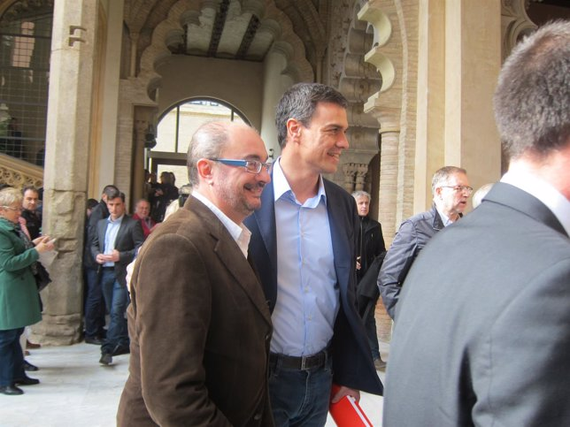 Javier Lambán junto a Pedro Sánchez.