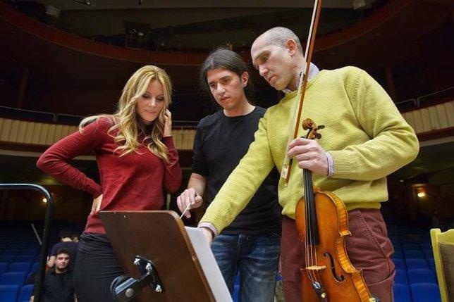 Edurne con la Orquesta Sinfónica y Coro de RTVE
