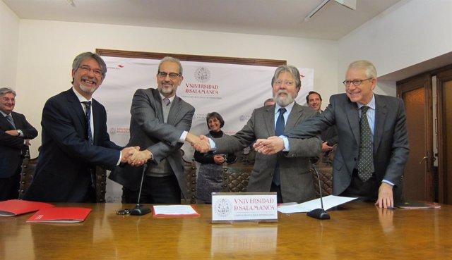 Acto de firma del acuerdo marco entre las autoridades portuguesas, CSIC y USAL