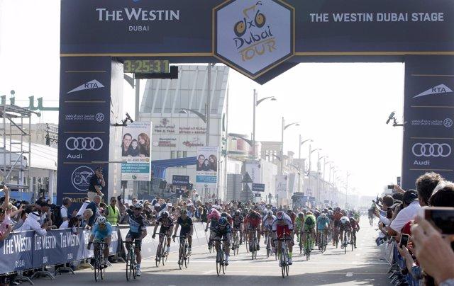 Mark Cavendish, primer líder del Tour de Dubai