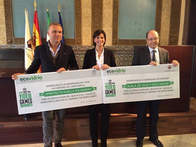 Acto de entrega de los premios de Ecovidrio en la UCO