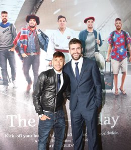 Neymar y Piqué en la presentación de la campaña de Qatar Airways
