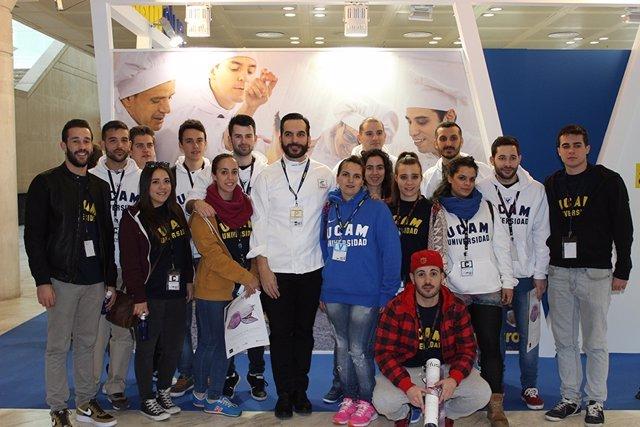 Estudiantes y profesores Gastronomía de la UCAM en Madrid Fusion