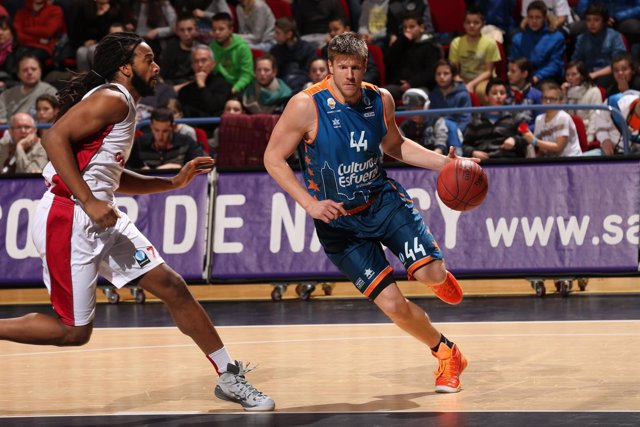 El Valencia Basket vence al Nancy