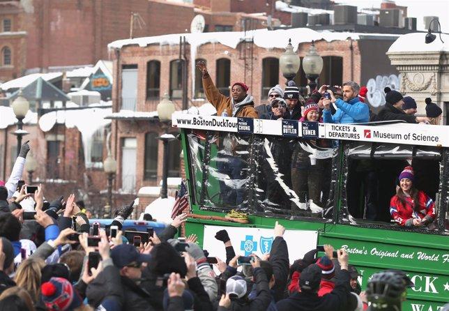 Gran recibimiento en Boston a los Patriots tras su triunfo en la Super Bowl