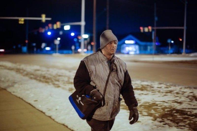 La inspiradora historia del hombre que camina 33 km diarios para ir al trabajo