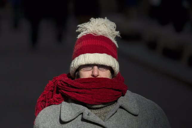 Frío, friolera, abrigo, gorro, bufanda