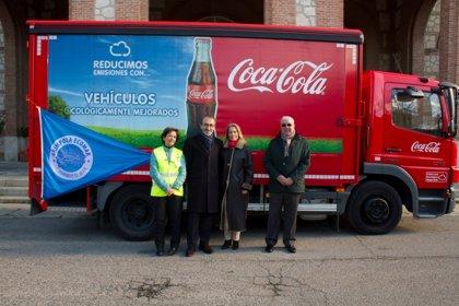 RSC.-Coca-Cola y la Fundación Ecomar donan un camión de latas de bebidas tras la campaña ambiental 'Limpieza de Costas'