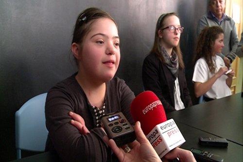 Cuatro niños españoles con discapacidad hablan con el Papa por videoconferencia