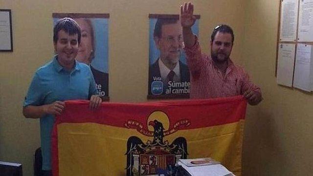 Ruenes (izquierda) y Alonso en la foto de la polémica.