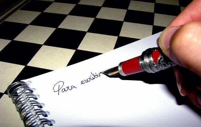 Escribir, cuaderno, poli, letras