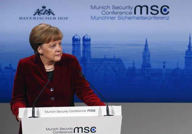 La canciller alemana Angela Merkel en la Conferencia de Seguridad de Múnich