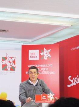 Patxi López en el congreso de JSE-Egaz.