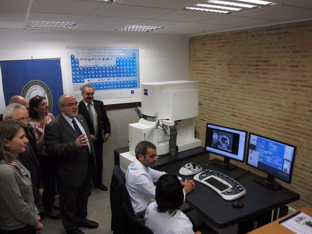 El microscopio electrónico de barrido de Europa adquirido por la UCAM