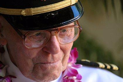 Muere Joseph Langdell a los 100 años, el último oficial superviviente de Pearl Harbor
