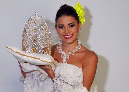 Cristina Felfle, nueva reina del Carnaval de Barranquilla 2015
