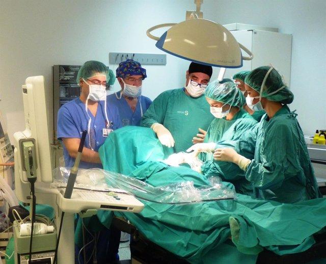 Médicos, quirófano, cirujano, hospital, operación, enfermero
