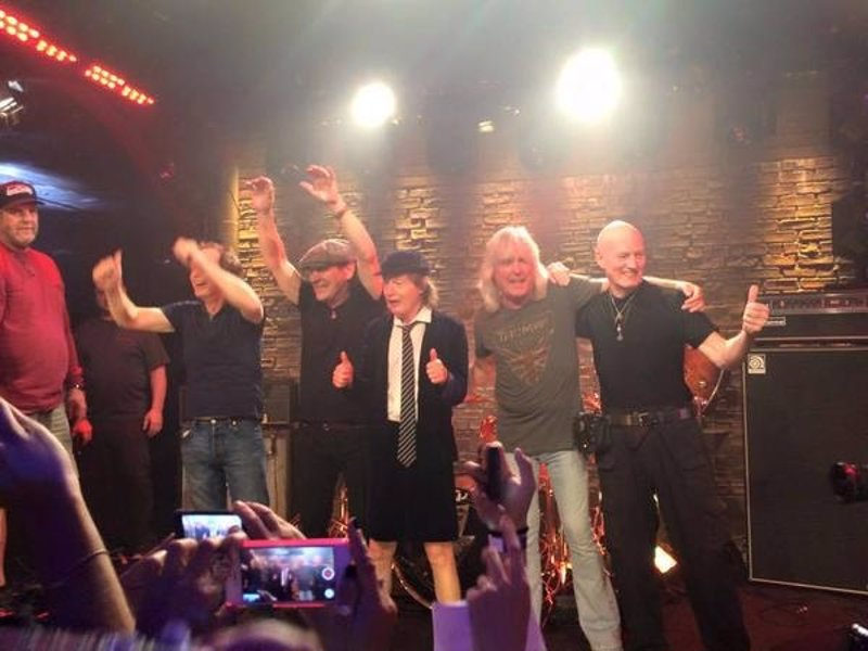 AC/DC filman en Los Angeles videoclip para su nuevo single: Rock the blues away