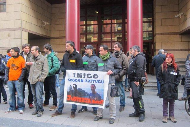 Concentración ante los juzgados de Bilbao