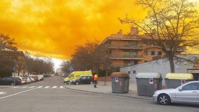 Nube tóxica Simar de Igualada (Barcelona)