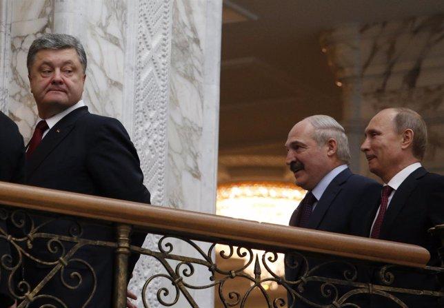 Vladimir Putin Y Petro Poroshenko En La Cumbre De Minsk