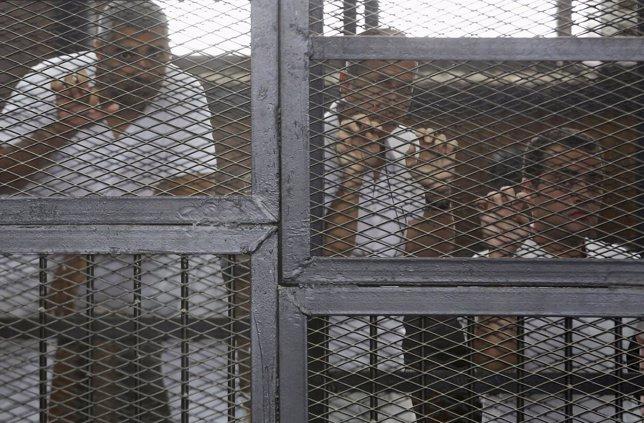 Los periodistas de Al Yazira encarcelados en Egipto